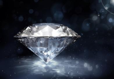 Jak zabłysnąć, czyli czy warto inwestować w diamenty?